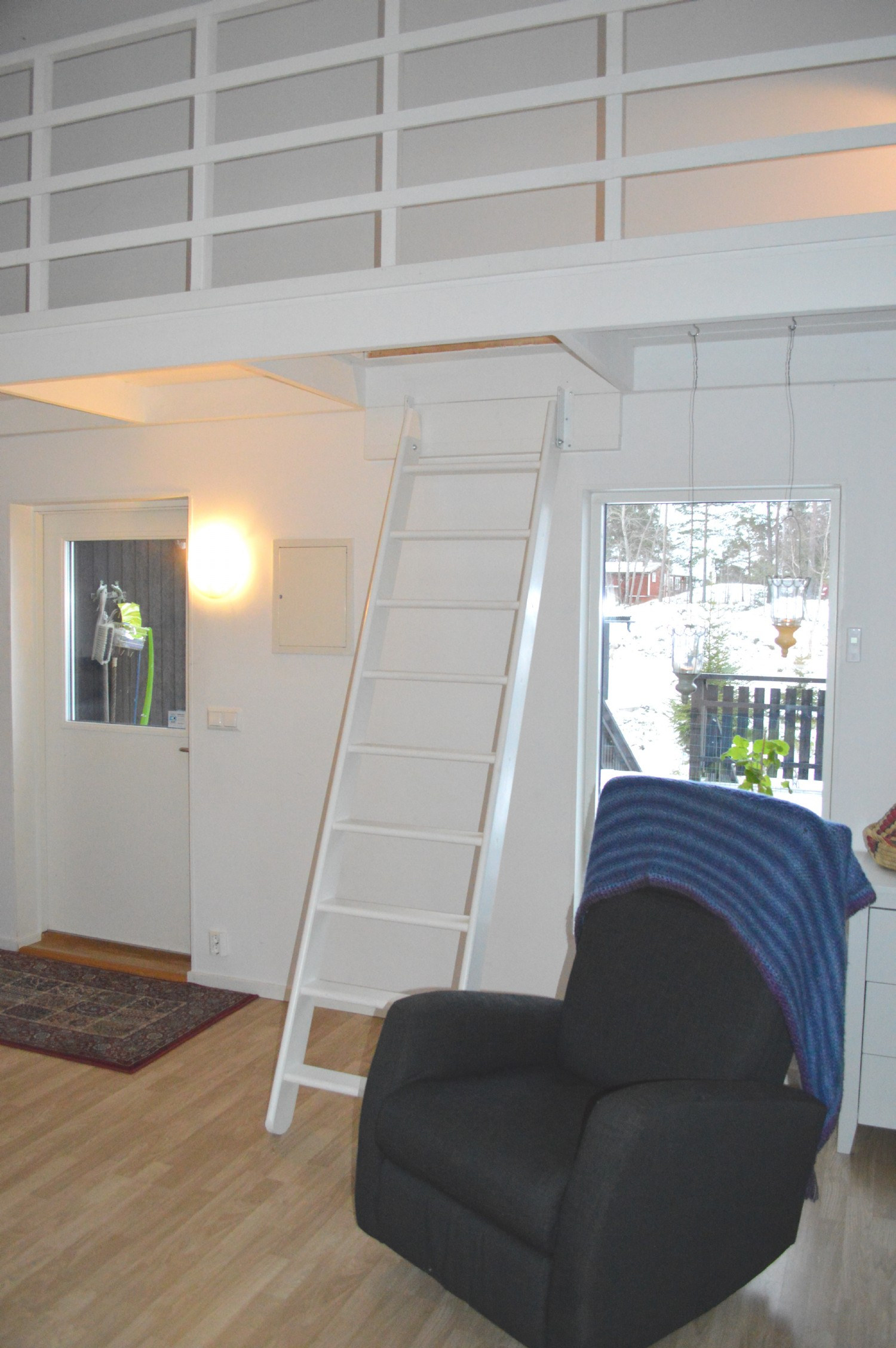 Stege till sovloft/ Ladder to sleeping loft